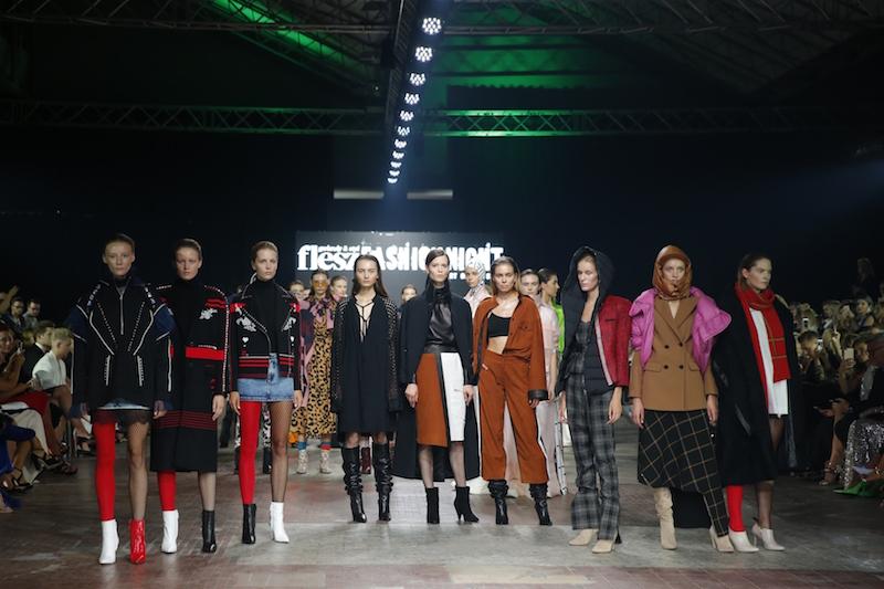 Projektanci i ich Muzy podczas Flesz Fashion Night