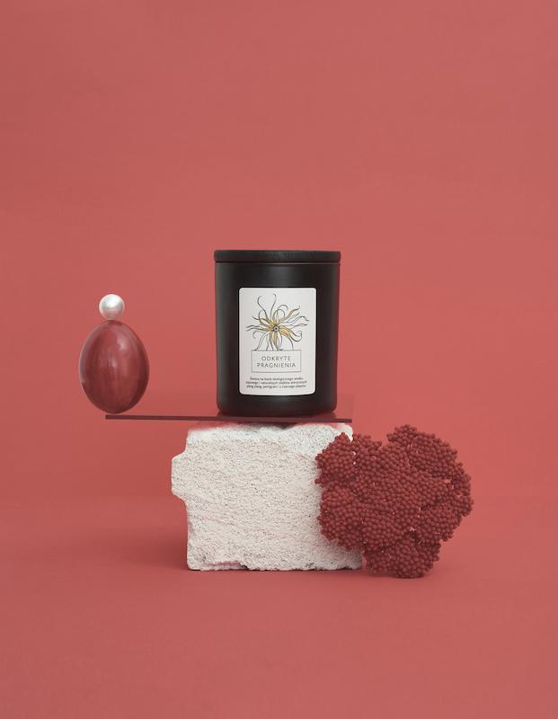 Pachnące Walentynki -poznaj nowy zapach świecy od Hagi Cosmetics